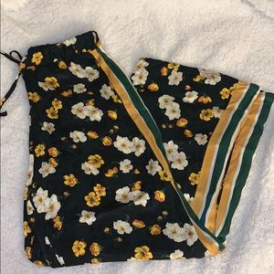 Urban Outfitters Floral Silky Striped Pants S